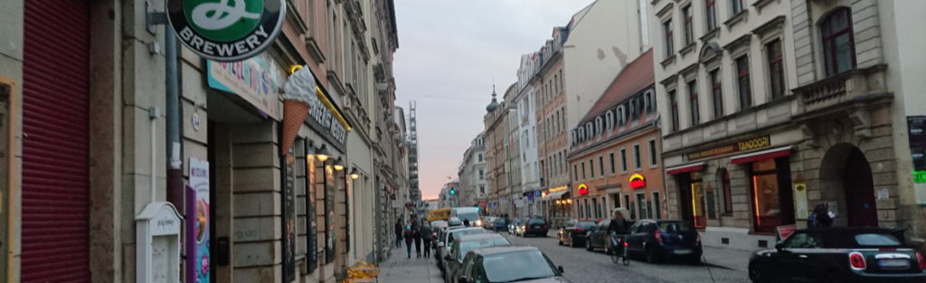 Auf dem Bild sieht man die Lousienstraße in der Dresdner Neustadt.